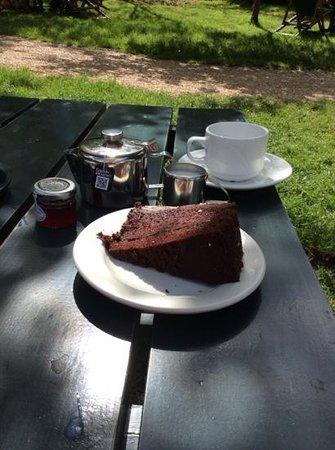 Grantchester Village: breakfast at grantchester