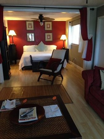 Drop Anchor Resort : Room 8