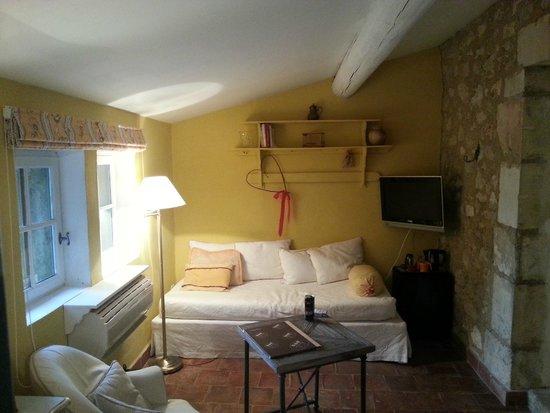 Hotel Mas dou Pastre: Ingresso-Soggiorno