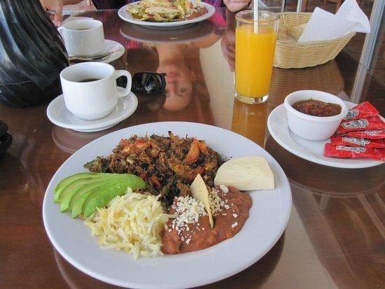 La Concha Beach Resort: Breakfast