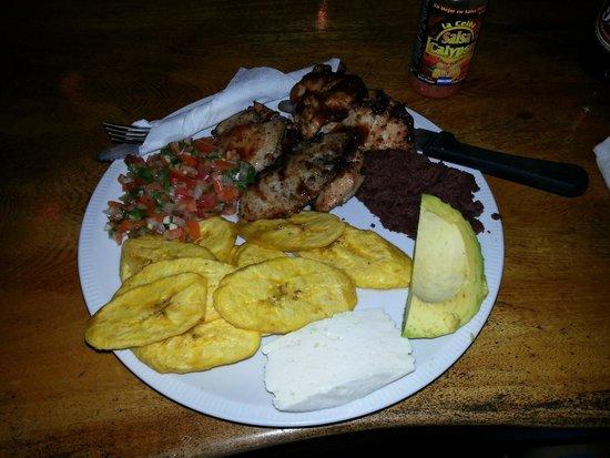 Villas Pico Bonito: yummy