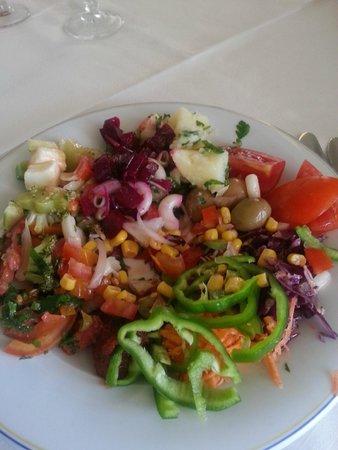 Medina Solaria & Thalasso : Salad bar.