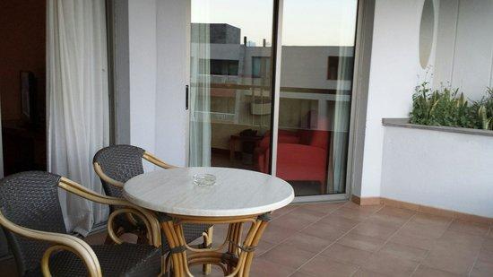 Geranios Suites & Spa Hotel: Balcony