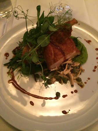 Restaurant Laloux: Guinea fowl breast