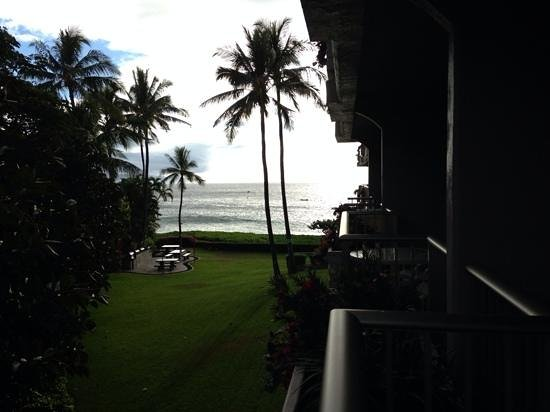 Aston at The Whaler on Kaanapali Beach : view from lanai at 365