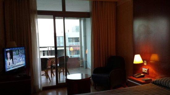 Geranios Suites & Spa Hotel: Bedroom