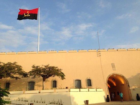 National Slavery Museum: Bandeira do Museu