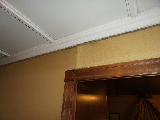 The Westin Excelsior, Rome: more mold and dirt and water damage