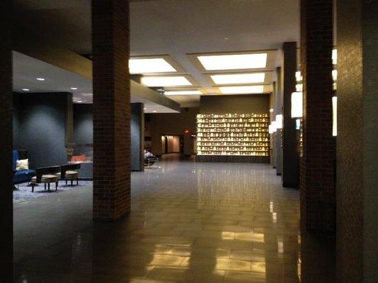 Hilton Parsippany : Inner lobby
