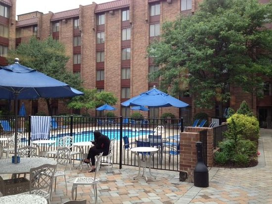 Hilton Parsippany: outdoor pool