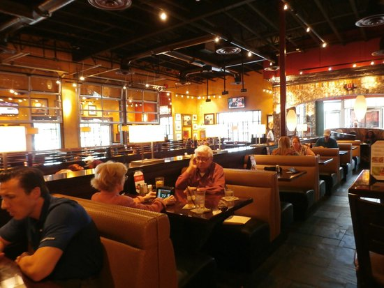 Bj S Restaurant Brewhouse Bar Seating