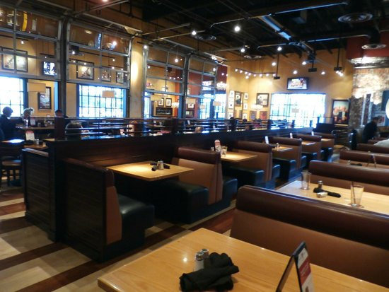 Seating booths picture of bj s restaurant brewhouse