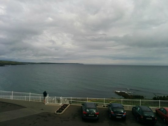 Dunmore House Hotel : Veiw out over the Irish cost