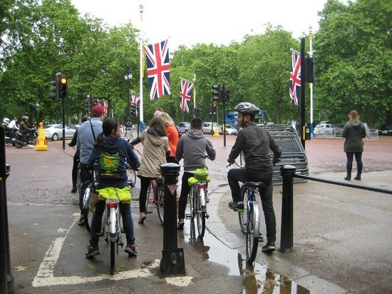 Fat Tire Bike Tours - London: Fat Tire Bike Tour - London