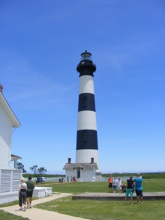 Bodie Island Lighthouse : Well kept grounds