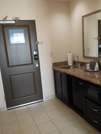 Hampton Inn & Suites Nashville @ Opryland : entry