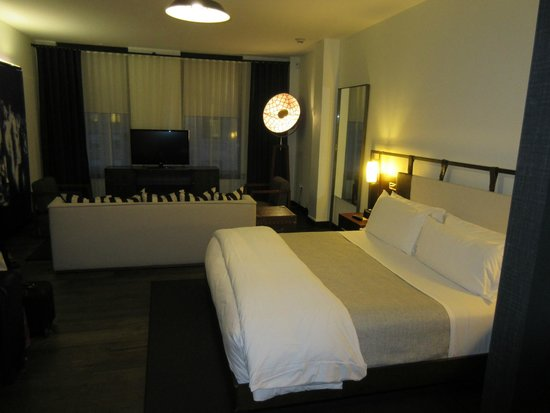 Refinery Hotel : Room