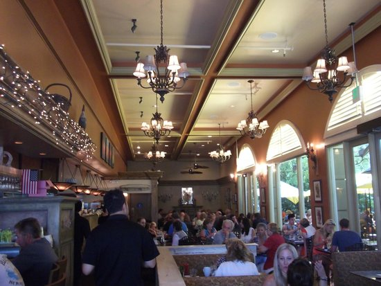 Marmalade Cafe Westlake Village: The inside energy of Marmalade Cafe