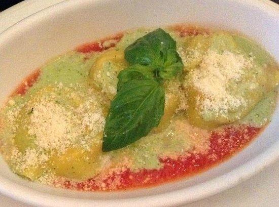 Biaggi's Italian: Quattro Tortelloni