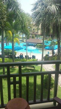 Phuket Marriott Resort & Spa, Merlin Beach : Our view