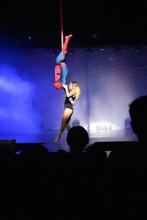 Sandos Caracol Eco Resort : Super hero show