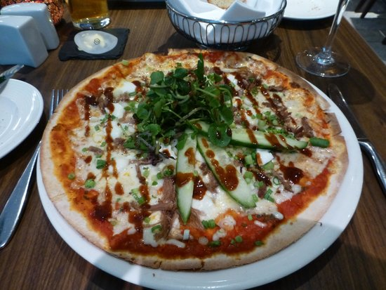 Sofitel London Heathrow : Peking pizza