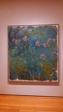 The Museum of Modern Art (MoMA) : Monet