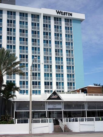 The Westin Beach Resort, Fort Lauderdale : Front Facade of the Hotel