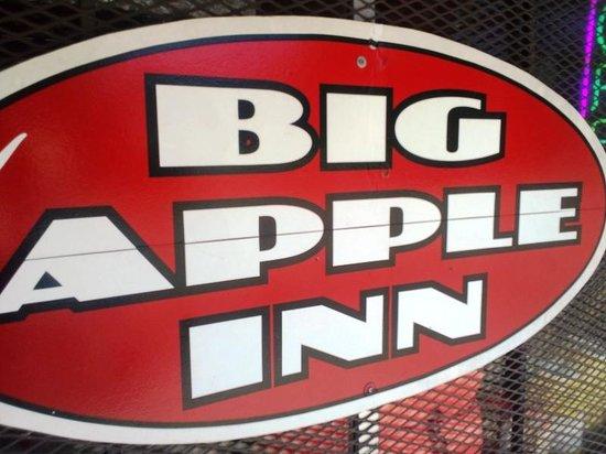 Big Apple Inn: Sign