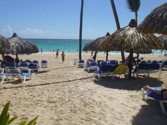 Grand Bahia Principe Bavaro: beach