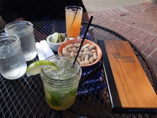 The Whiskey Jar: Drinks and complimentary peanuts and pickles