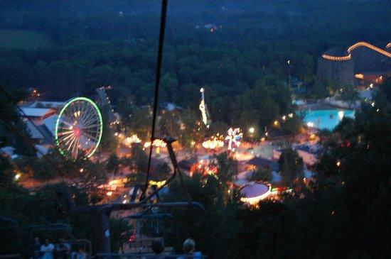 Knoebels Amusement Resort: Knoebel's at night from sky lift