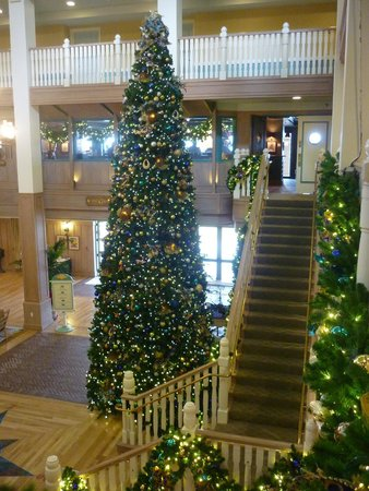 disneys vero beach resort christmas decorations in lobby