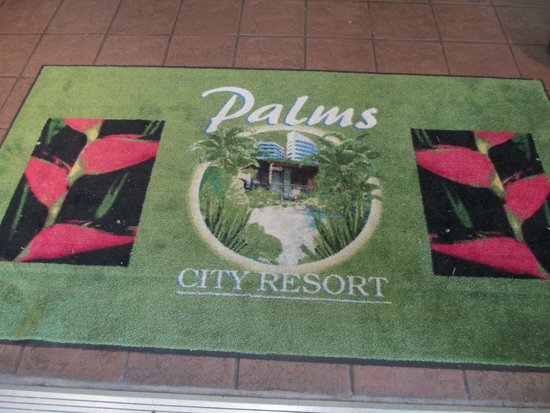 Palms City Resort: The Welcome Mat