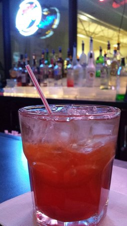 La Quinta Inn & Suites Madison American Center: Drink from the Bar