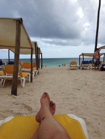 Ocean Blue & Sand: the beach!