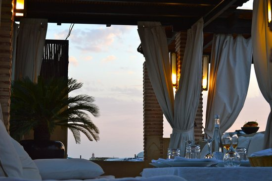 Riad Kheirredine: Rooftop dinner for two