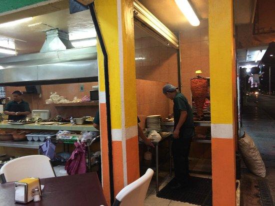 El Fogon: Tacos al pastor