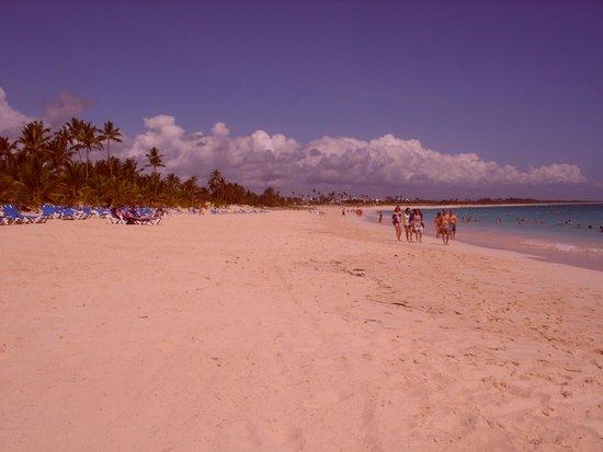 Occidental Caribe: sa magnifique plage ou il fait bon se promener
