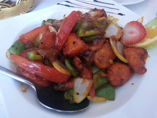 Savera Indian Cuisine: Mango Chicken