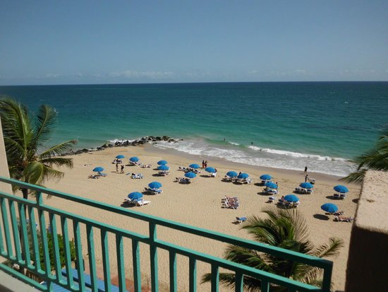 San Juan Marriott Resort & Stellaris Casino: The view from our room on the 4th floor