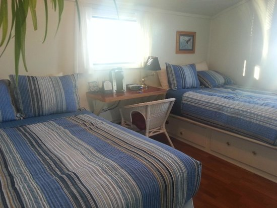 Driftwood Inn & Homer Seaside Lodges: Room with private bathroom ( # 1 )