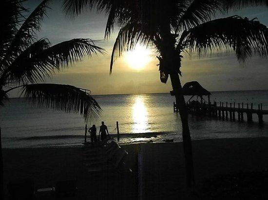 Secrets Aura Cozumel : Sunset from Windows