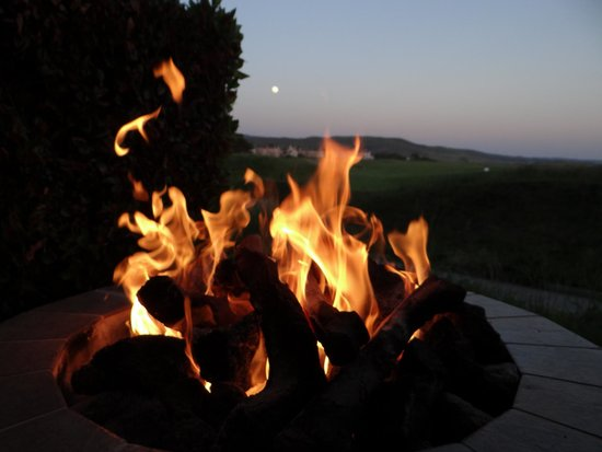 The Ritz-Carlton, Half Moon Bay: Our private fire pit at night