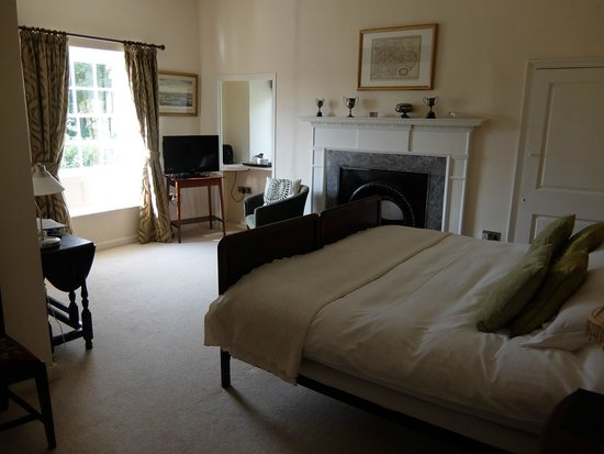 Rollestone Manor: 客室の広さも十分です