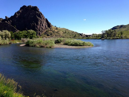 Rivers Bend Lodge: Another famous spot to fish