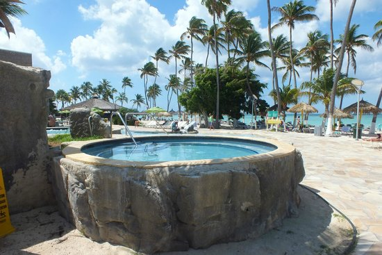 Holiday Inn Resort Aruba - Beach Resort & Casino: Piscinas