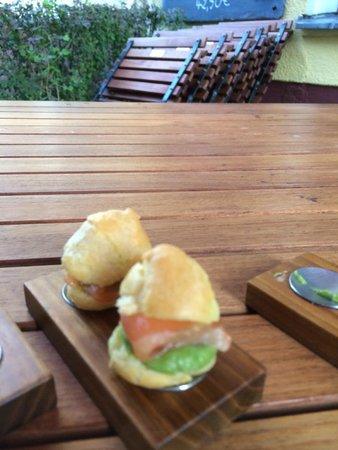 Restaurant Bieberbau : puffed pastry appetizer