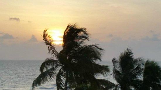Hilton Marco Island Beach Resort : Sunset from balcony of Room #718
