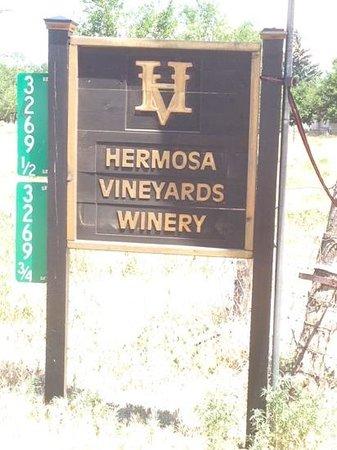 Hermosa Vineyards : Sign on C Road